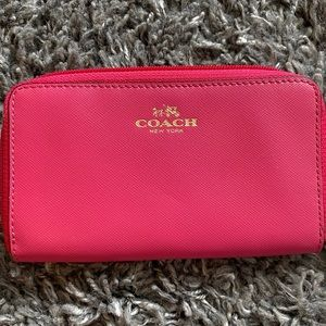 Coach Darcy Leather Universal Phone Case/Wristlet